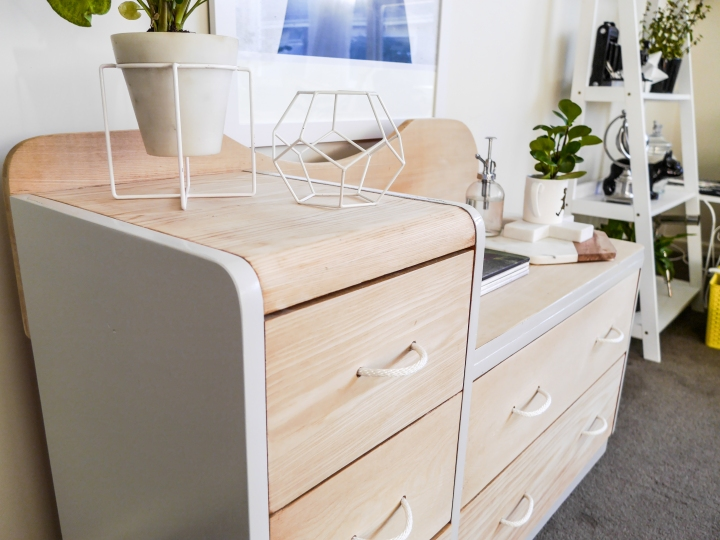 Upcycled side board - moochstyle